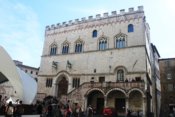 palazzo priori perugia