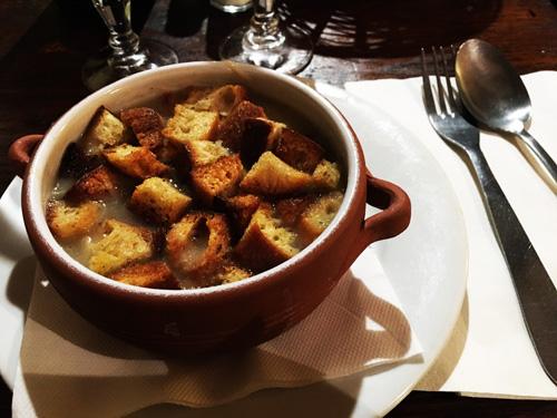 soup d'oignon lione