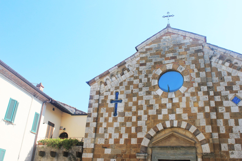 la chiesa di santi pietro e andrea a trequanda