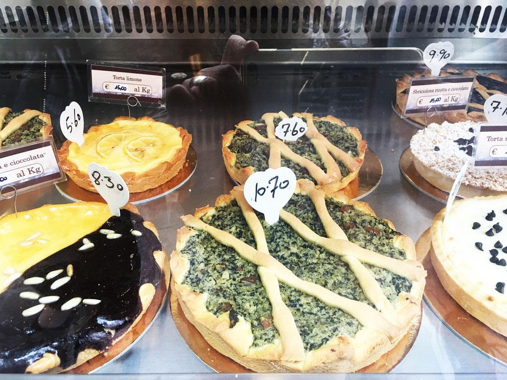 Cosa mangiare a Lucca: la torta di erbi