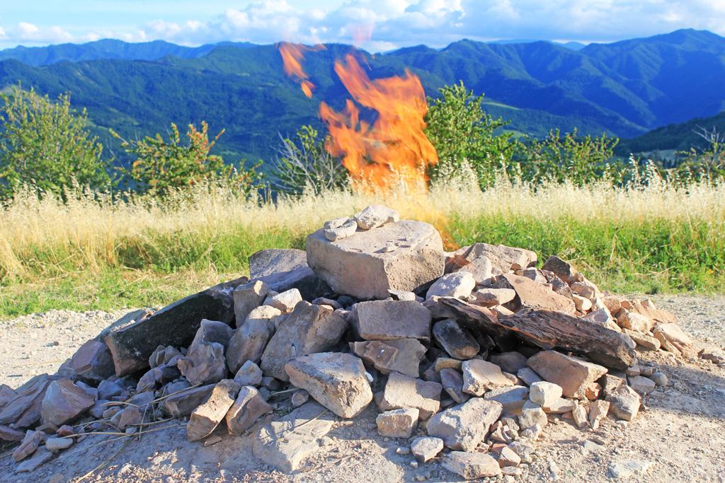 vulcano più piccolo de mondo in emilia romagna